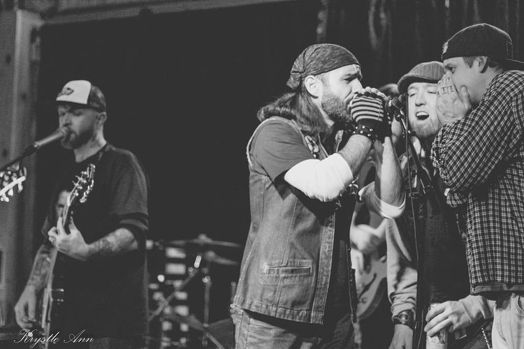 Matty Jameson (Legendary Goodtimes), Aaron Andersen (John Dough Boys) and Ben Abben (SIP) all joined me on stage to sing some backup on Blue Collar. Love my bros! Photo by Krystle Ann Photography Concert Photography Check This Out That's Me Enjoying Life Black Ink Breakdown New Music Blackandwhite Blackandwhitephotography Black & White Black&white Bands Musician Musicians Jay Rapp Tattoo Black And White LiveMusic Live Music Playing Music That's Me Music Band Parole Denied Black Ink Show