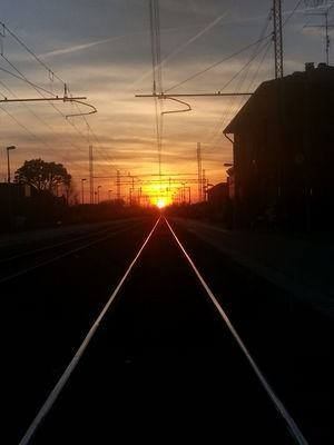 Sunset Trainway Longwaytogo