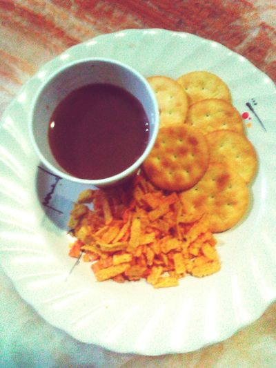 Snacktime Snack Time! Biscuits Street Food Worldwide Nice Cup Of Choco Chips Relaxing Taking Photos Hi! Plate Of Food