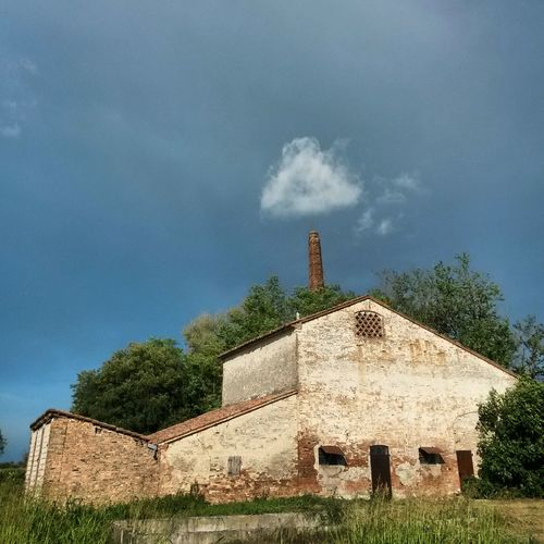 The Architect - 2014 EyeEm Awards Old Buildings Cloud Rural Architecture