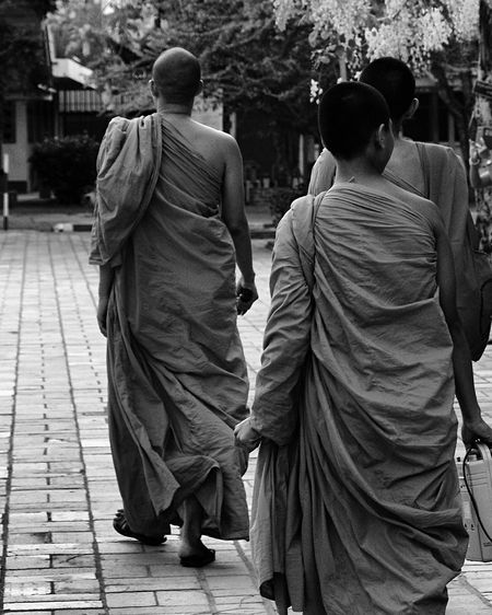 Monk  Temple Travel Photography Justgoshoot Snapseed Snapshot Black And White Bnw Blackandwhite Photography Blackandwhite Bnw_collection Streetphoto_bw Capture The Moment Black & White Bnw_magazine Street Photography Streetphoto Eye4photography  Eyem Gallery