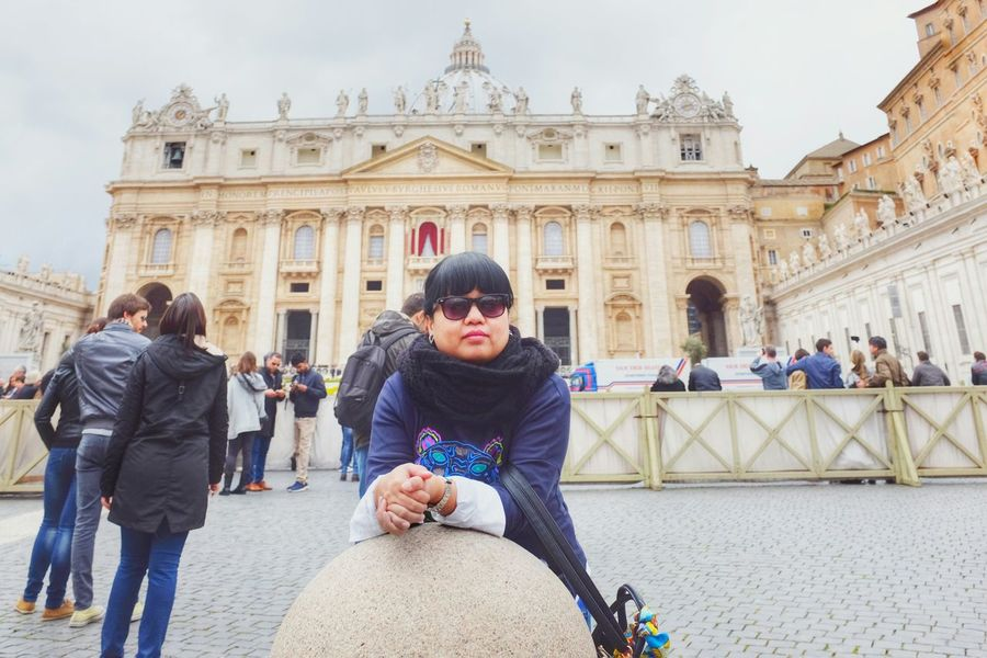 Alone Taking Photos That's Me VaticanCity Transitional Moments People Watching Takemeback Throwback