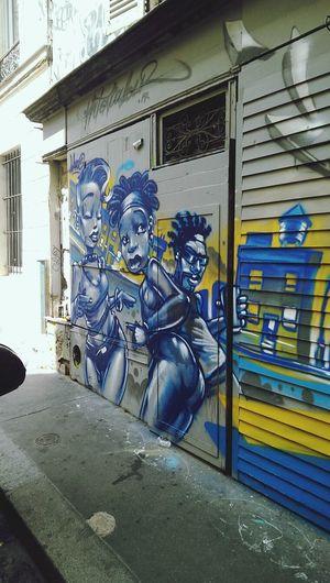 Street Art Paris Notes From The Underground