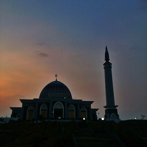 Taken by: Xperiaz Kamerahpgw Mataponsel Nothingisordinary_ ic_landscapes tanjungpinang kepri