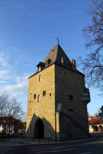 Architecture Bollwerk Building Exterior Built Structure Cathedral Church Cross Exterior Façade Historic History Osthofentor Outdoors Place Of Worship Religion Soest Spirituality Stadtansichten Stadtmauer Stadttor Tower