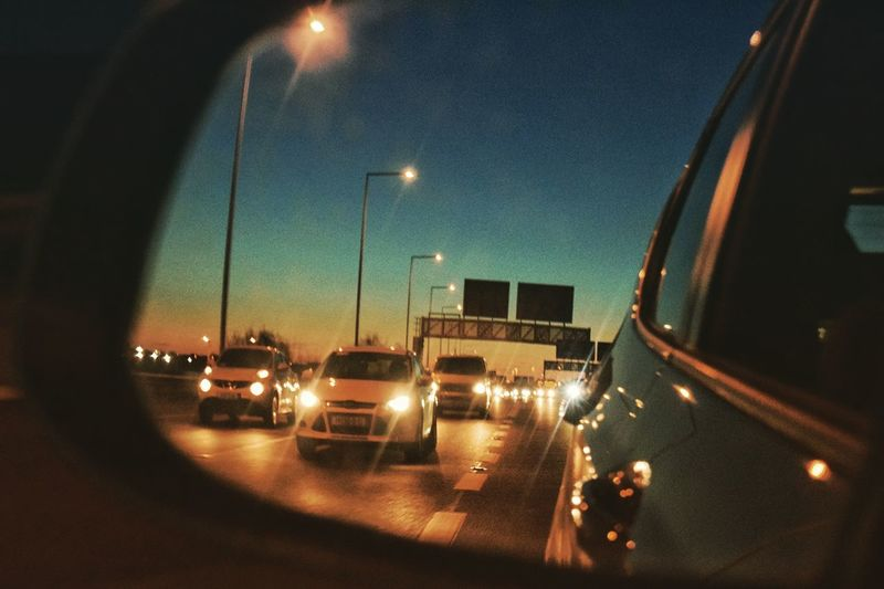 "MeinAutomoment ""Staring back into the sunset"" Car Mirror Car Mirror Picture Sunset In A Mirror Carefree Lifestyles Street Life Traffic On A Highway Traffic On A Road Busy Traffic Taking Pictures At Sunset EyeEm Traffic In Mirror Reflection Image Of A Car In A Mirror Driving On A Highway Driving On A Motorway Point Of View Large Group Of Objects Multiple Reflection Creativity At Sunset Happy Man Made Object At An Angle In A Row My Commute"