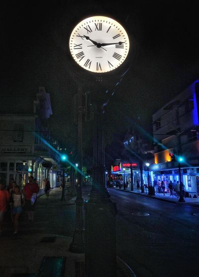 Cities At Night Creative Light And Shadow Taking Photos Clock Face Beautiful Outside Photography Outdoor Photography Interesting Getting Inspired Cool Edit Check This Out