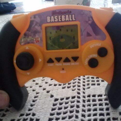 Been playinq with this all morninqXD who rememberz thiz qamez back in the day?Electronicbaseball Videogamefx Gamesfrombackintheday Rememberthis ?