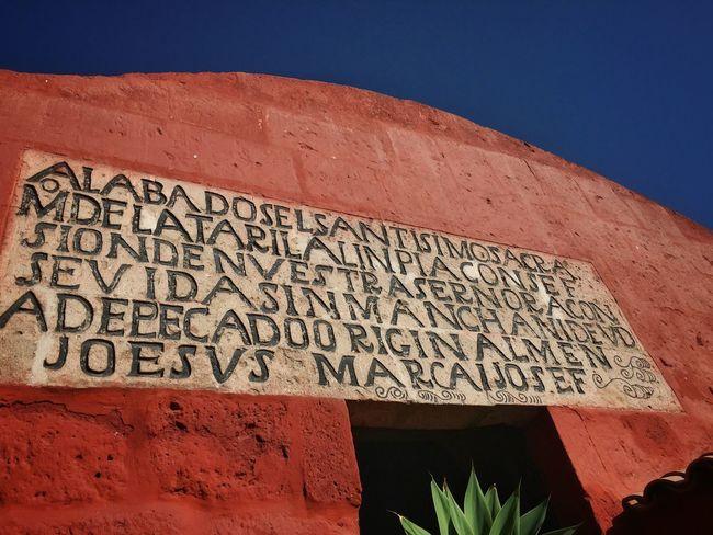 Monasterio de Santa Catalina Red Arequipa Nunnery Monastery Convent Andes Peru Traveling IPhone Travel