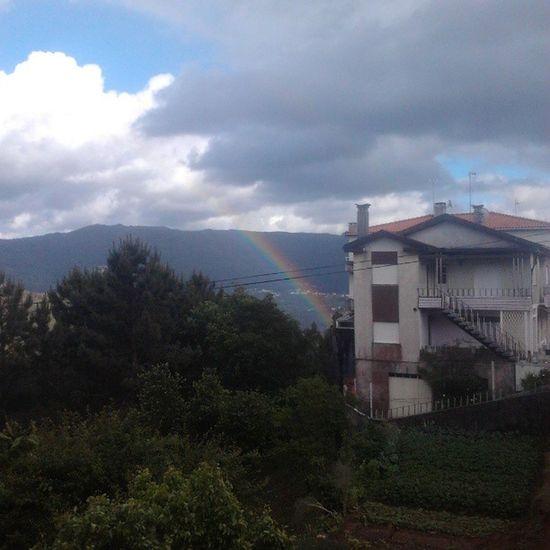 o pote de ouro está perto de minha casa! estou chegando!!! Rainbow Green Nature Clouds Grey Weather Tempo Nuvens Arco -íris Arcoiris Natureza