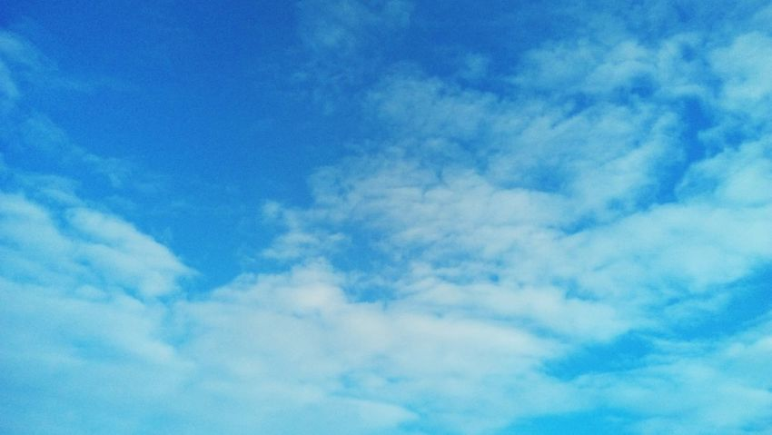 Winter sky Sky Blue Cloud - Sky No People Beauty In Nature Cloudscape Outdoors Day Heaven Nature
