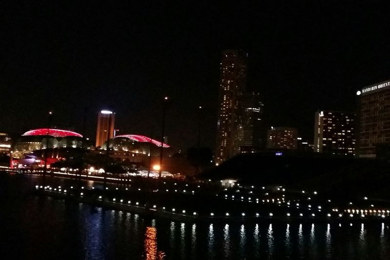 Difficult to see from this photo but the tops of The Esplanade show the Singapore Flag Hapoy 51st Singapore Hapoy National Day 51 Years Of Independence 1965-2016 Singapore