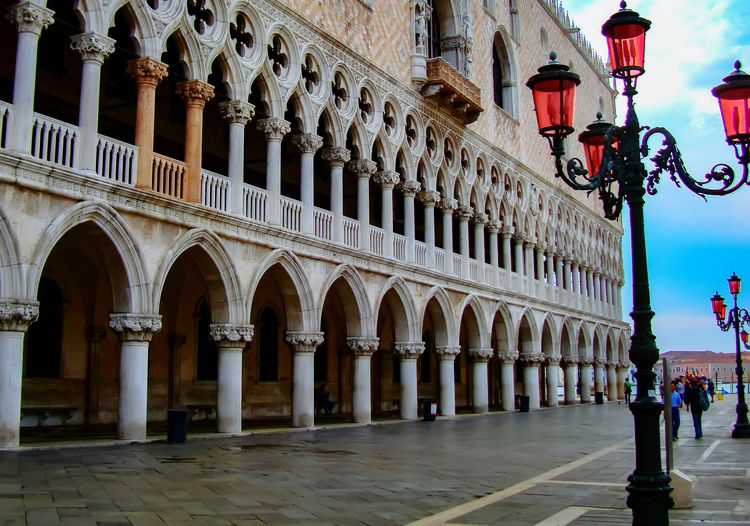 Venice Doges Palace Architecture Built Structure Architectural Column Travel Destinations City Building Exterior Outdoors Italy Holidays Tourism Bridge - Man Made Structure Lamps And Lights. Lamp Post Lamp Posts Red Coloured Italy Venetian Tourism Italian Architecture