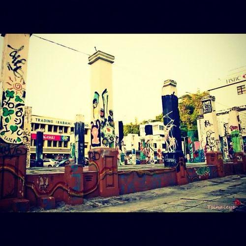 Graffiti Art i found in the Streets of Kotakinabalu 👣💋👏 Backpacking Travel Travelingram Malaysia Teampentax Team_p Pentaxkr Pentax ASIA Pillars Bestoftheday Photooftheday Picoftheday Webstagram IGDaily Ignation Igasia Coolshot Instagreat Instalove Instagrammers instagramhub art indie