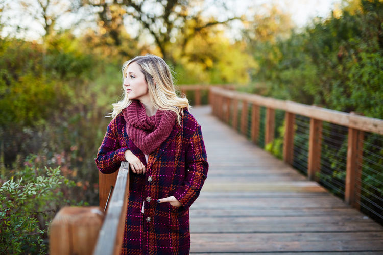 Adult Adults Only Autumn Beautiful People Beautiful Woman Beauty Beauty In Nature Blond Hair Day Nature One Person One Woman Only One Young Woman Only Only Women Outdoors People Real People Standing Tree Women Young Adult Young Women