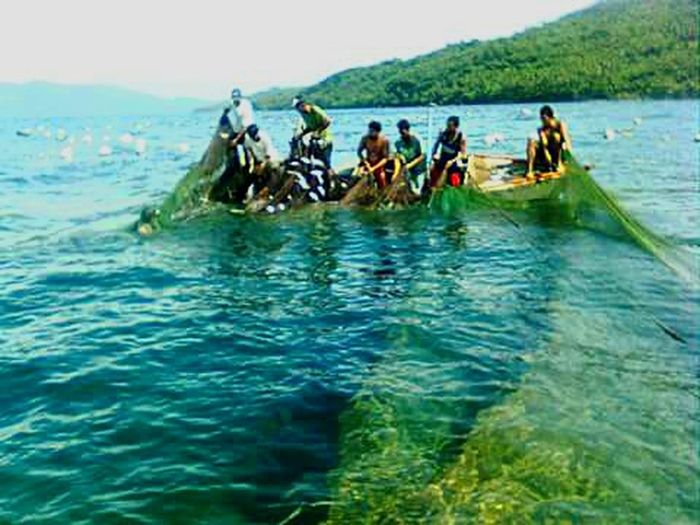 Simple life.. Philippines Albay,bicol Fishermen EyeEm Nature Lover Environment Friendly Eyeem Philippines Natural Way of Fishing