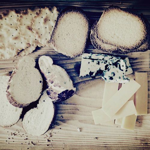 Snackttime ... Cheese Cheeseboard Roquefort Cheddar Bread Crackers Lunch Food Eating Eating Healthy Blackandwhite Blackandwhite Photography EyeEm Best Edits Top Perspective High Angle View
