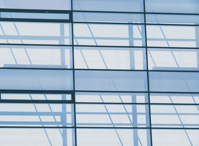 Modern Backgrounds Full Frame Office City Steel Window Pattern Architecture Close-up The Minimalist - 2019 EyeEm Awards The Architect - 2019 EyeEm Awards