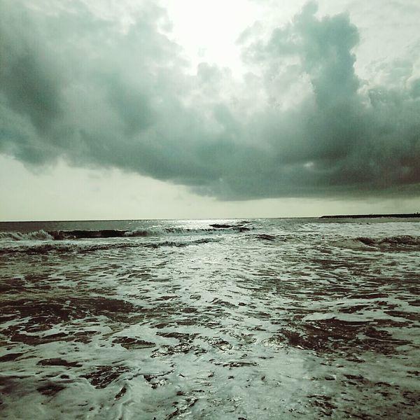 Dramatic Sky Beach❤