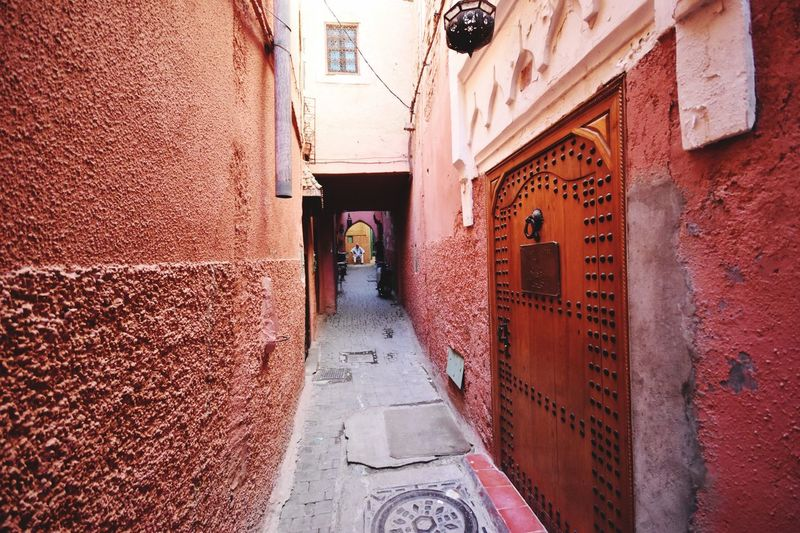 Doorway and alley Architecture Built Structure Building Exterior Red Outdoors Alley