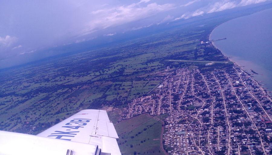 Modo Avion Aerial View Airplane Sky Transportation Tolu