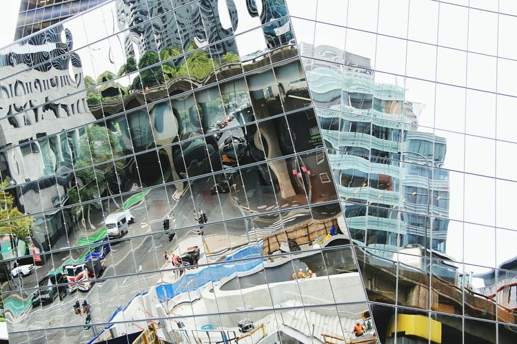 City life in the mirror / The Street Photographer - 2016 EyeEm Awards The Architect - 2016 EyeEm Awards Sydney Sydney CBD Australia Urban Geometry Urbanphotography Reflection Architecture Glass Mirror Image Different Angle Looking Up Perspectives Reflected  Streetphotography Fragments Hectic Abstract Traveling Stroll Around Town Metropolis