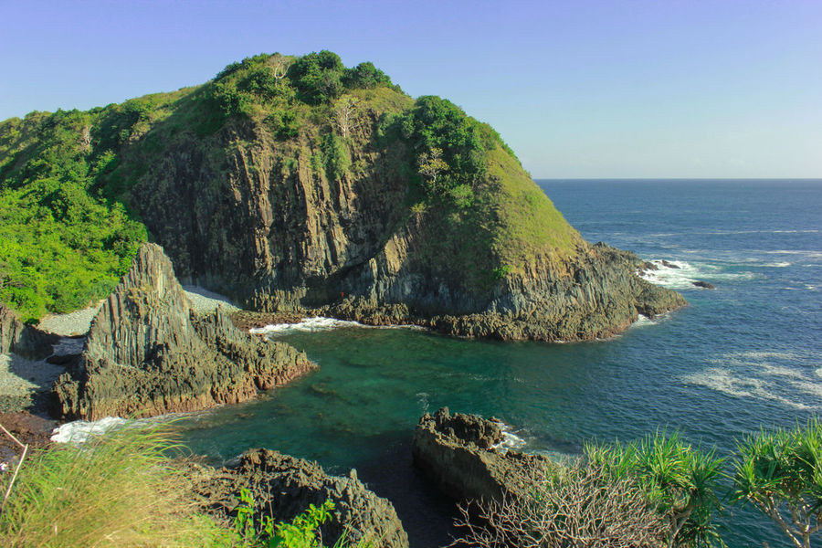 Beach Beauty In Nature Blue Clear Sky Copy Space Horizon Over Water Lombok Lombok Fotography Lombok Gallery Lombok Island Lombok-Indonesia Lombok-ındonesia Lombokexplore Lombokisland Nature Rock Rock - Object Rock Formation Scenics Sea Sky Water