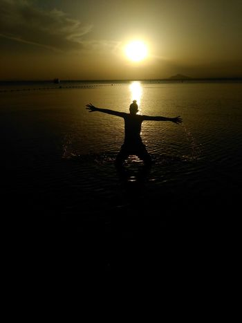 Sunset Silhouette One Person Reflection Standing Sunlight Outdoors One Woman Only Adult Summer Paddleboarding Lifestyles Nature Water Adults Only Murciagrafias Horizon Over Water Word_photography Nature_collection Loves_nature Nature Dramatic Sky EyeEmNewHere Murciagramers Marmenor
