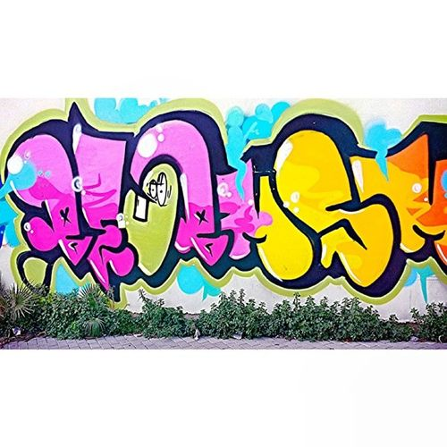 Graffiti Colloge Color School awesome pictureoftheday