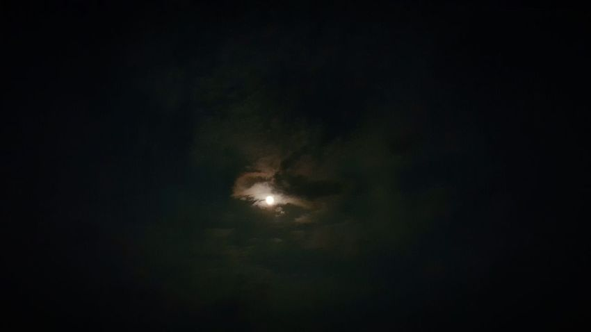 Grofovija Samsungphotography Sky And Clouds Clouds Collection Sky_collection Clouds And Sky Nature_collection Relax Time  Night Photography Beautiful Night Night Sky Photography Moon And Clouds Moon_collection Good Night Good Night N Sweet Dream ^_^ ❤