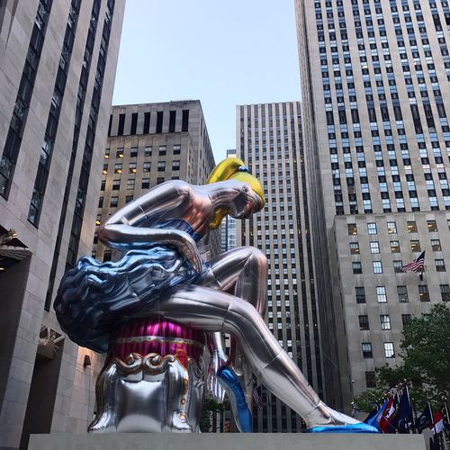 EyeEm Selects Building Exterior Architecture Built Structure Low Angle View City Day Sculpture Outdoors Statue No People Rockefeller Center Jeff Koons Ballerina