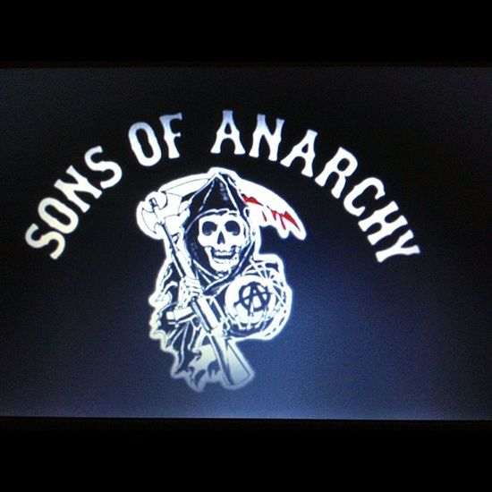 Just started watching Sonsofanarchy upto Episode Five series 1 loving it!! FX TV Series tele cable bikers HarleyDavidson