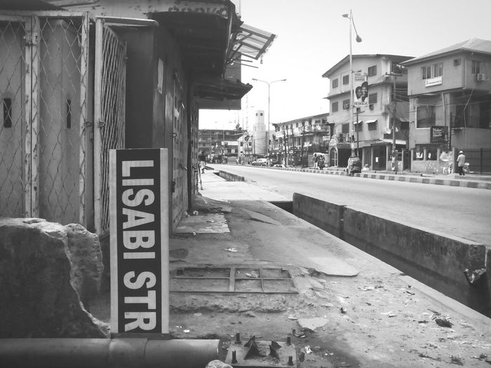Streetphotography Streetphoto Street Streetphotography_bw Streetphoto_bw Lagosphoto_bw Lagosphoto_bw Lagosphoto photography_bw Photography