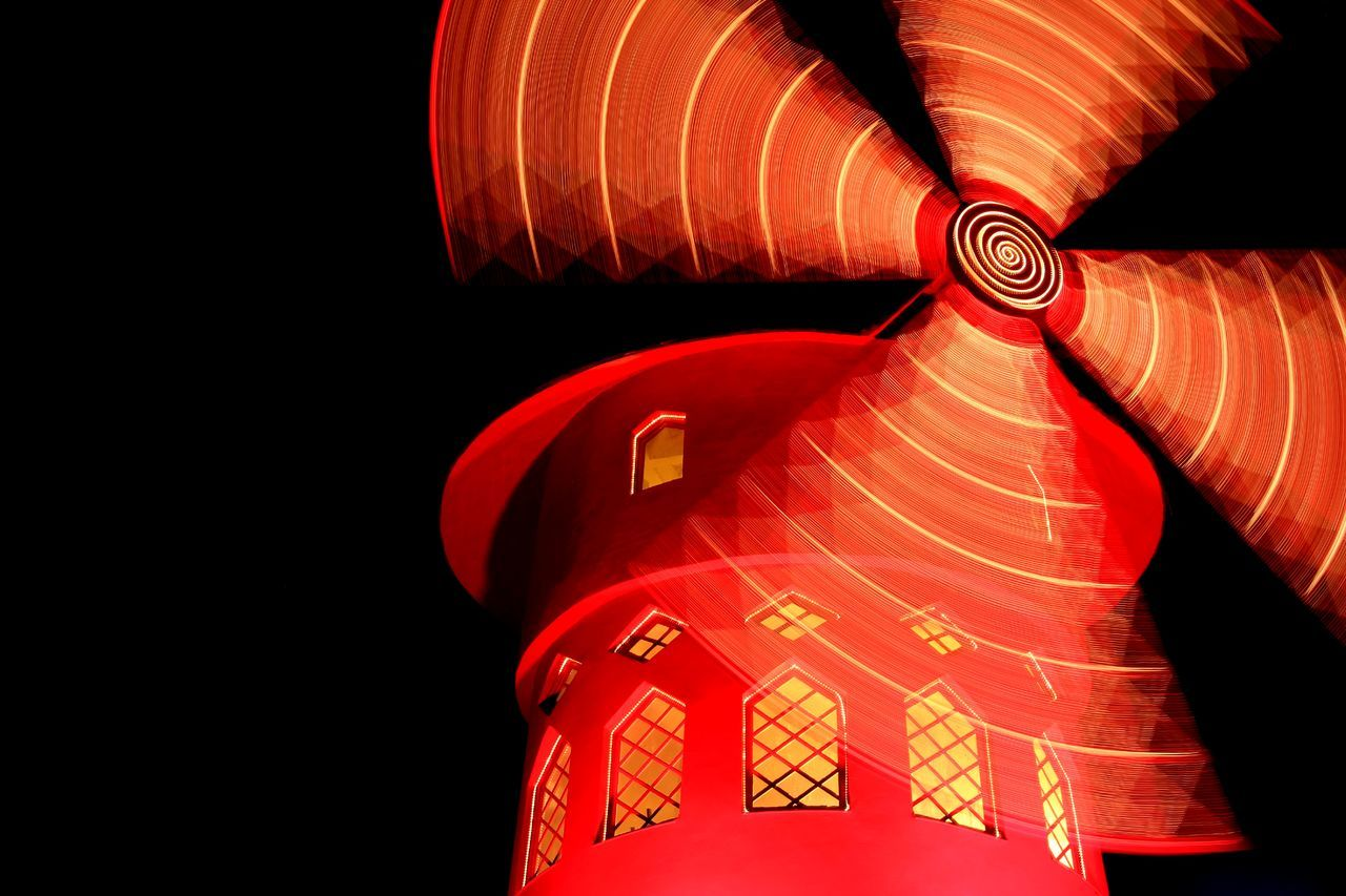 red, lighting equipment, illuminated, close-up, no people, orange color, pattern, lantern, black background, low angle view, studio shot, copy space, night, communication, design, art and craft, hanging, chinese lantern, decoration, paper lantern