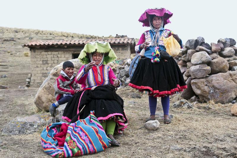 Hat Peru Peruvian Clothes Peruvian Culture Peruvian Peruvian Costume Peruvian Culture Peruvian Hat Peruvian Weaver Peruvian Woman Quechua Quechua Culture Quechua Weaver Quechua Woman South America Weavers Weaving