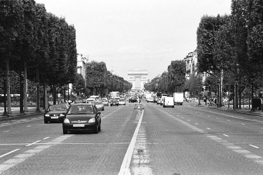 Arch Of Triumph Paris Paris, France  Enjoying Life Francia Traveling