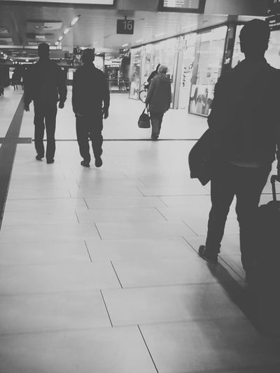 People Photography People Walking  From Behind People Portrait Central Reilway Station City Life Black And White Photography Black And White Collection  Black And White Portrait My City Walking Citylife People_collection People And Places Monochrome Photography Galaxy S7 Edge