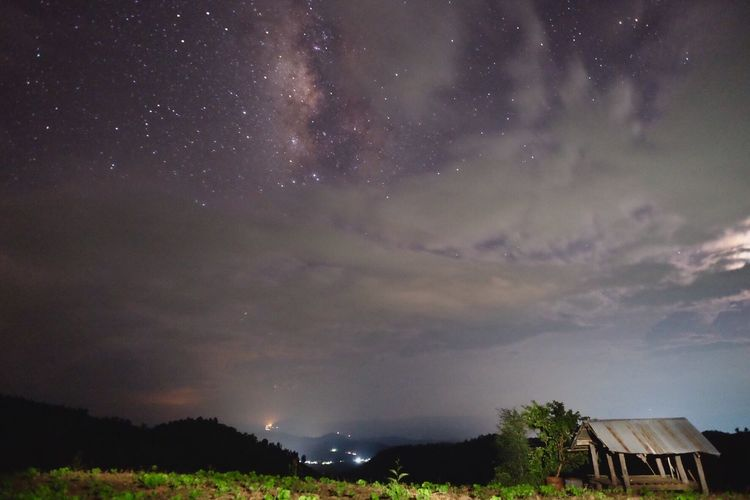 Milky Way at Baan Pa Bong Piang terrace North Star Village Nature Rain Season Travel Photography Landscape Night Sky Milky Way Milky Rice Terrace Chiangmai Thailand Mae Cheam