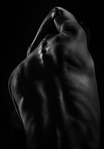 the body portrait Adult Adults Only Back Black Background Blackandwhite Close-up Human Back Human Body Part Human Skin Indoors  Lifestyles Men Muscular Build One Person People Real People Rear View Studio Shot The Portraitist - 2017 EyeEm Awards