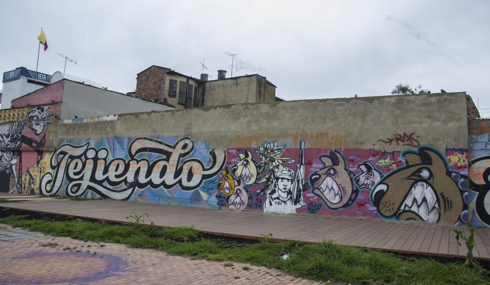 Architecture Art Creativity Day Graffiti Graffiti Graffiti & Streetart Graffiti Art Graffiti Wall Multi Colored Outdoors Sky Street Art Street Art/graf Street Art/Graffiti Street Art/grafitti Street Artist Street Arts