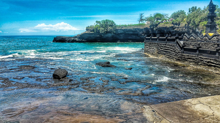 Bali Bali, Indonesia Baliphotography INDONESIA Indonesia_allshots Indonesia_photography Indonesia Scenery Tanah Lot Temple Landscape Landscape_Collection Landscape_photography Landscapes Landscape_lovers Landscape_captures