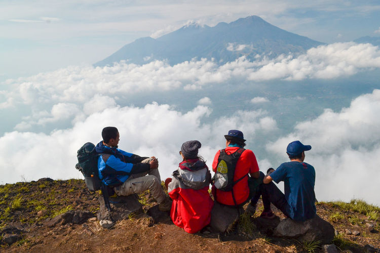 Group Of People Nature Mountain Hiking Adult Backpack Adventure People Cloud - Sky Sky Leisure Activity Day Young Adult Friendship Men Activity Travel Group Medium Group Of People Outdoors
