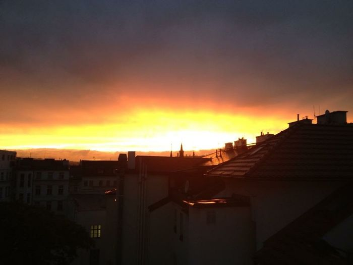 Prague Sunset Amazing View Sky Czech Republic Me Around The World No Filter Traveling Colors Esplosione al tramonto