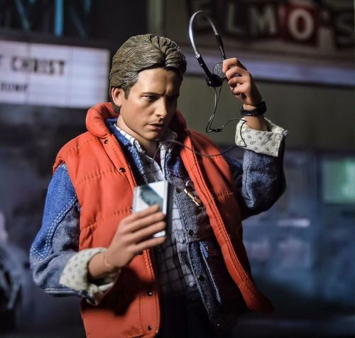 80s tunes are the best Backtothefuture Michaeljfox 80s Toyphotography Hottoys Figure