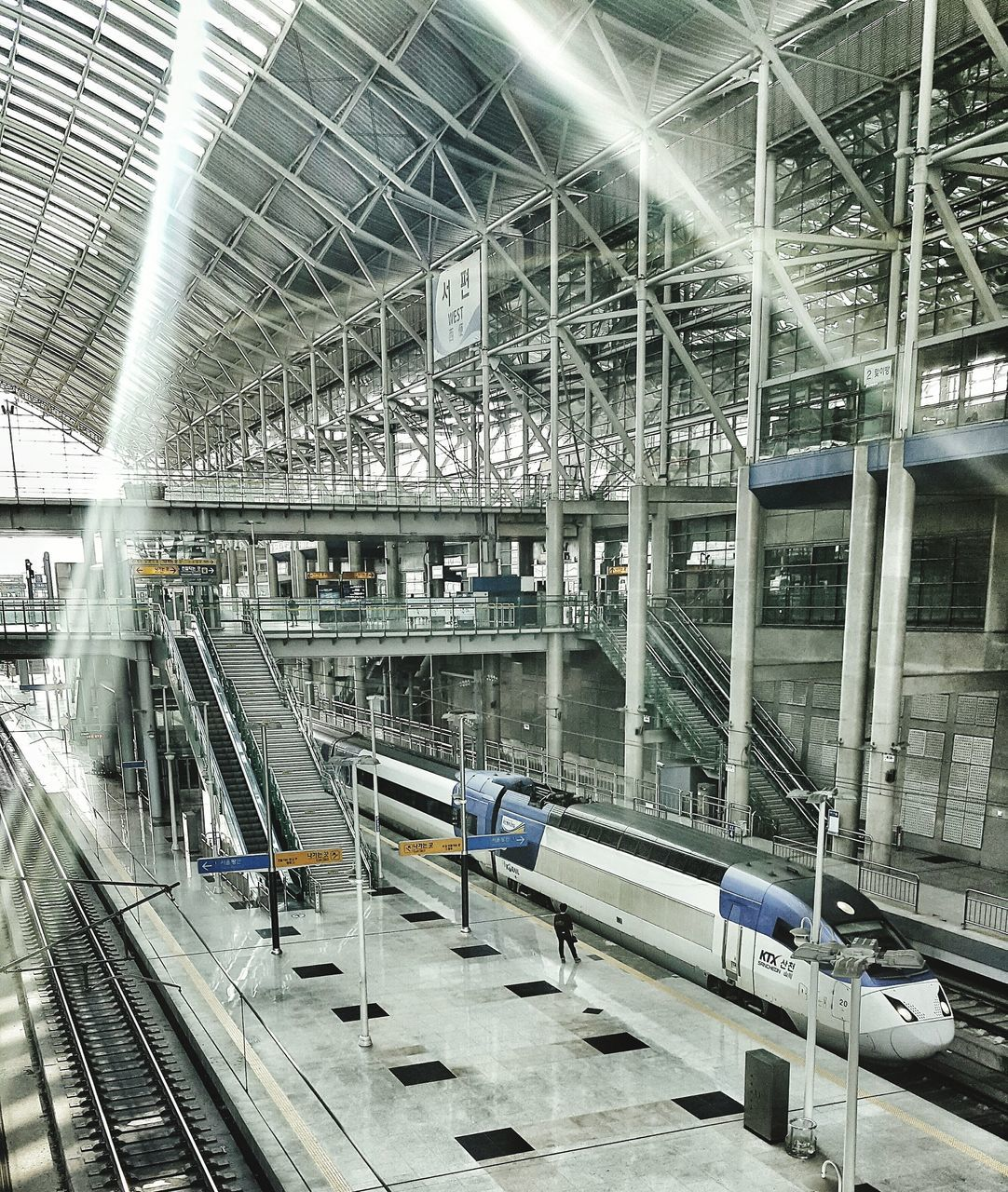 indoors, ceiling, architecture, illuminated, built structure, transportation, no people, modern, day