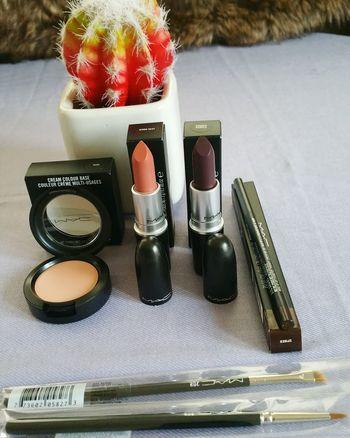 MAC Popular Photo Makeupblogger Makeup Artist Mac Cosmetics Beauty Makeupaddicted Makeupartist Beautyblogger Macmakeup