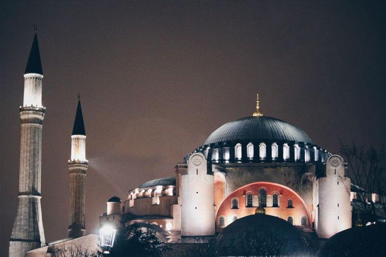 Learn & Shoot: After Dark Istanbul Turkey Türkiye Turquia Vscocam VSCO Night Vscogood Vscogram