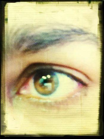 to de olho ..........