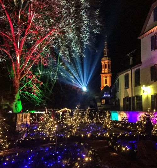 Christmas wonderland 🎄✨🌟 Christmas Wonderland Lights Rays Church Christmasmarked Offenburg WeihnachtsmarktNight Illuminated Tree Celebration Christmas Lights Christmas Tree Architecture Outdoors Christmas Decoration Building Exterior Religion Built Structure Travel Destinations Spirituality Celebration Event City No People Christmas Market Firework Display