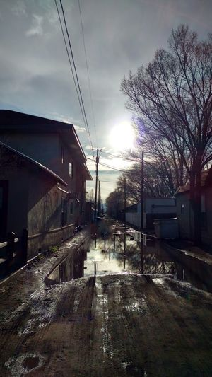 Alleyway in the afternoon with the sun reflecting of the melt water. Hello World Alleyway Alley Alleyways Alleys Alleyart Alleyscapes Alley Art AlleyShots Alley Ways Alley Spring Alley Way Alley, Alley Scene Alleyexploration Alley Photography